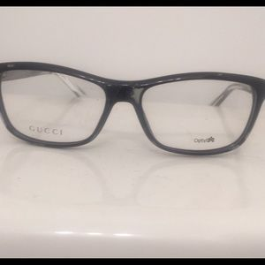 NWT —- GUCCI Glasses brought from Saks 5 Avenue.